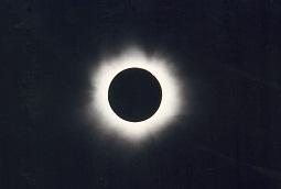 皆既日食h.jpg